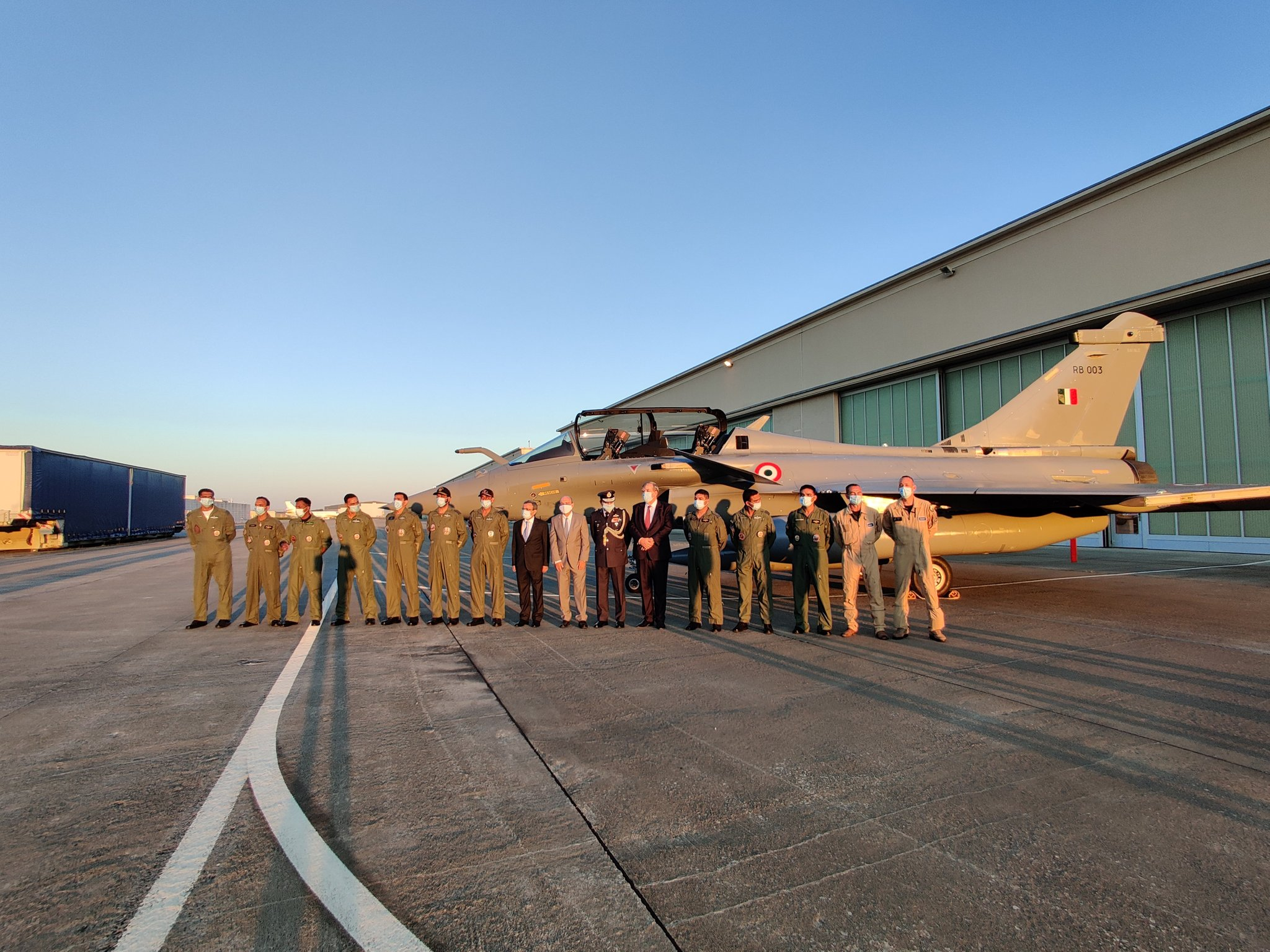 Five Rafale jets fly out of France to India