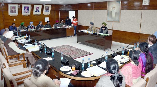 GNDU plans museum to preserve Nanak Singh's rich literary legacy