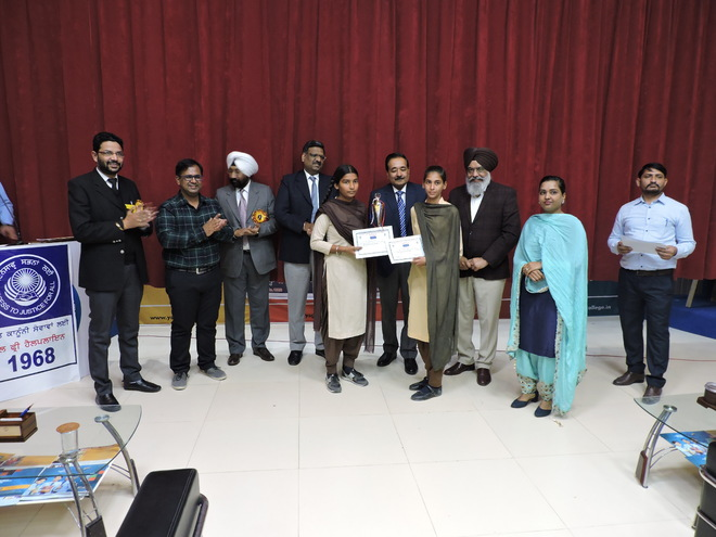 Students take part in quiz to mark Constitution Day
