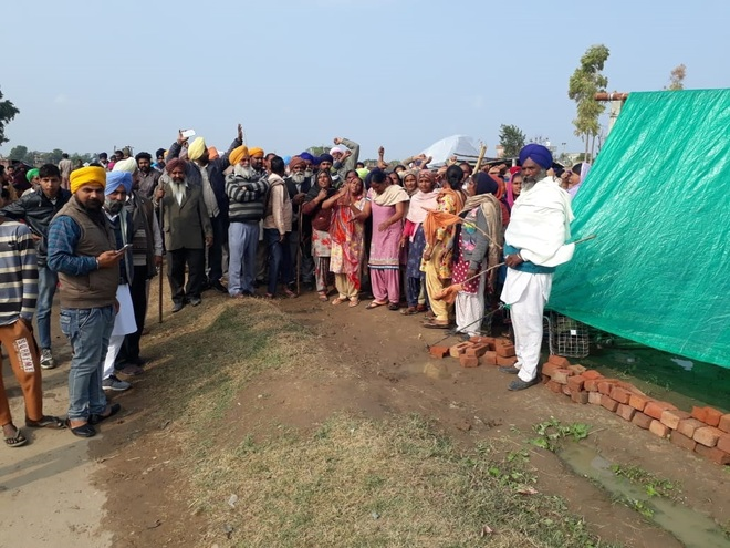 No solution in sight to land dispute at Khawaspur village