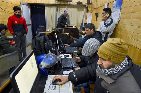 2G may be back in Jammu, broadband in Kashmir from Wednesday