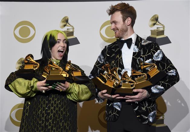 Billie Eilish 18 Sweeps Grammy Awards With Top 4 Prizes