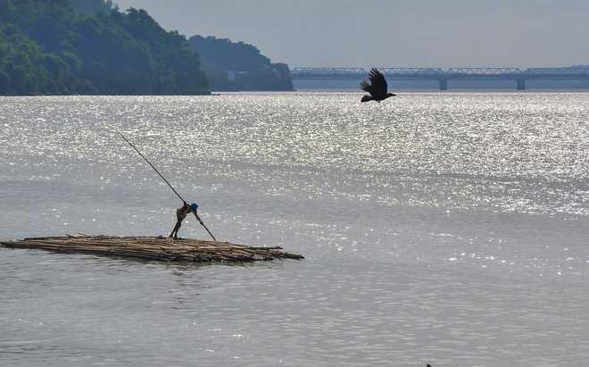 The case of Brahmaputra boatmen