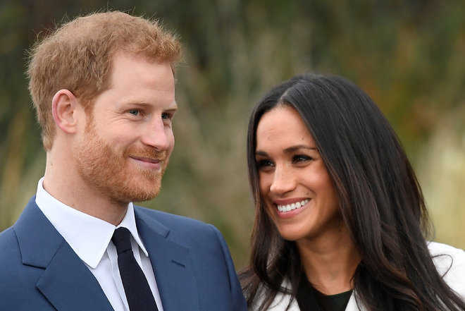 Harry, Meghan, their new neighbours in Canada and the paparazzi