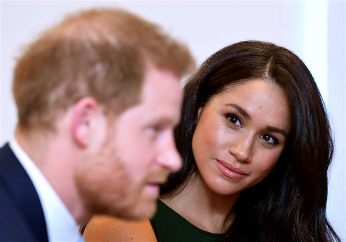 prince harry arrives in canada to reunite with wife meghan markle son archie reunite with wife meghan markle son archie