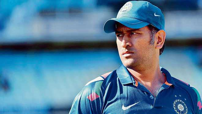 Dhoni dropped from central contracts list; BCCI says no relation to his India future