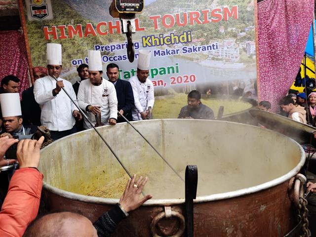 Himachal Tourism's khichdi sets new Guinness world record