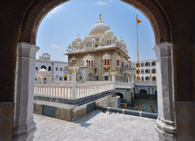 555 Delhi Sikhs to visit Panja Sahib shrine in Pakistan