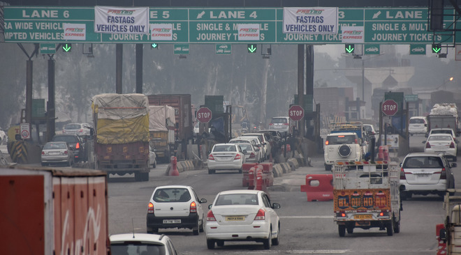 Fastag: Issues remain at toll plaza