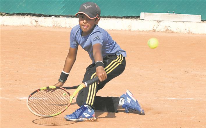 Isheeta gets past Akshdha, wins title