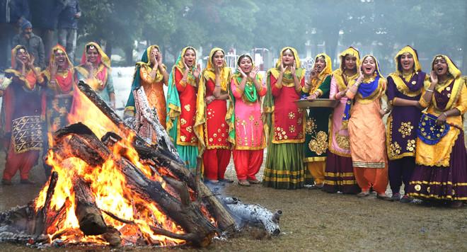 Rain plays spoilsport in Lohri celebrations