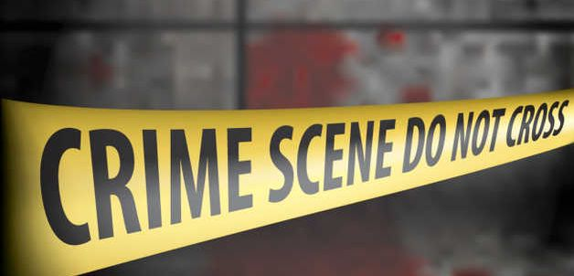 Liquor vend workers attacked, robbed