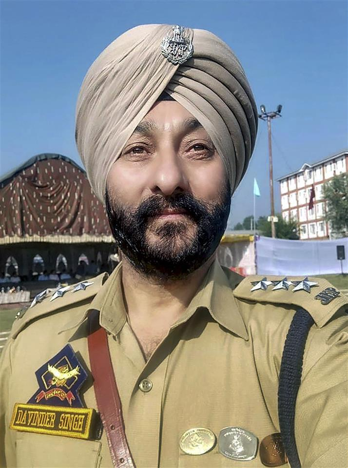 Davinder Singh was black sheep in police: Adviser