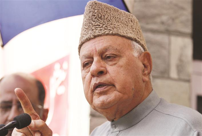 Farooq Abdullah meet on 370 today, Mehbooba Mufti to attend