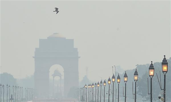 Pollution levels in Delhi dip slightly; stubble burning contribution 18 per cent