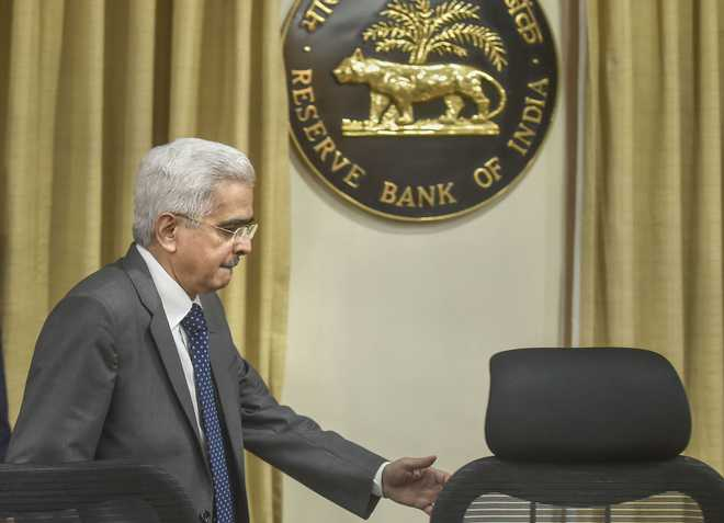 India at doorstep of economic revival, says RBI Governor