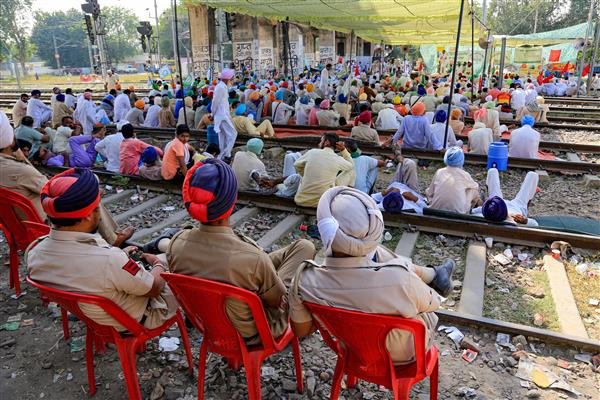 Punjab farmer bodies relax 'rail roko' stir by allowing goods trains; CM welcomes move