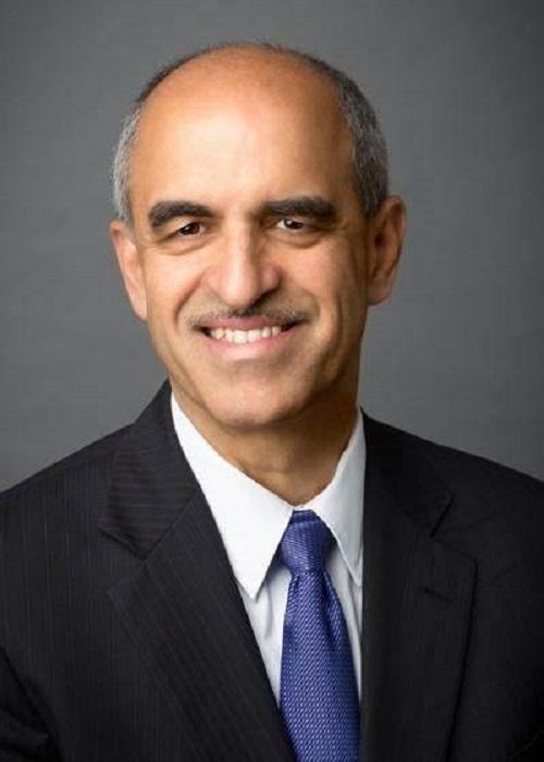 Indian-American Srikant Datar named Harvard Business School dean