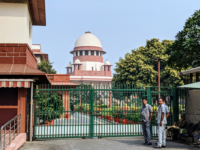 SC hands over monitoring of Hathras rape case to Allahabad High Court