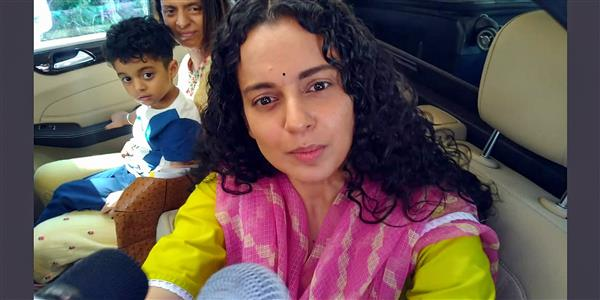 Case against Kangana Ranaut, sister Rangoli for spreading 'communal hatred'; actor reacts