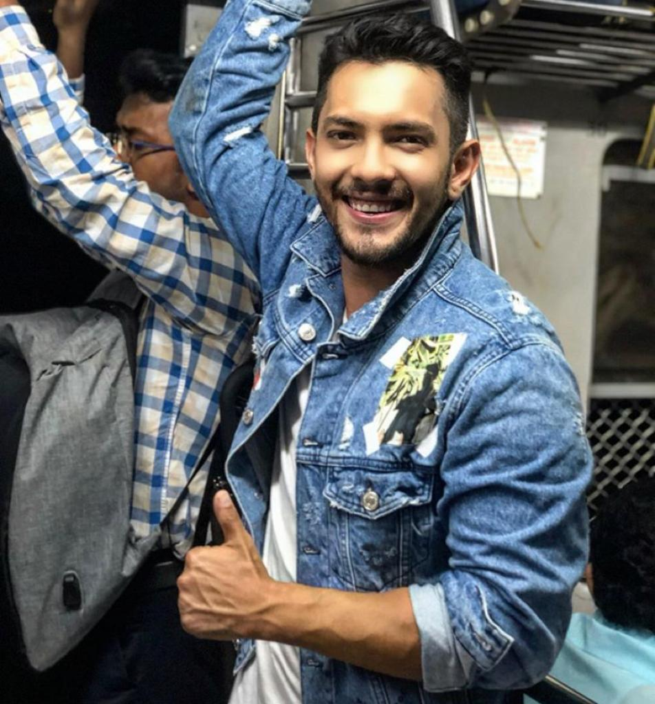 Aditya Narayan reveals he has only Rs 18k in his account, all money gone ahead of wedding: 'Will have to sell my bike'