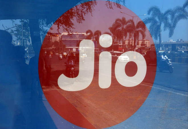 Jio planning to sell 5G smartphones for Rs 2,500-3,000 apiece: Company official