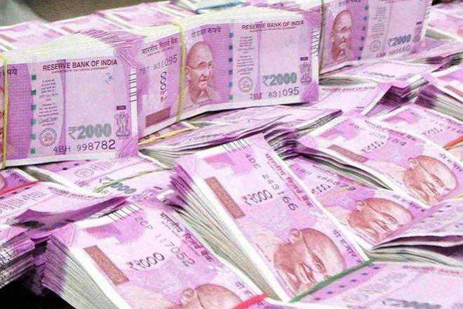 I-T dept seizes Rs 62 crore in cash after raids on hawala operatives in Punjab, Haryana, Delhi