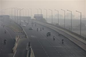 Delhi's air quality 'very poor', likely to improve over next 2 days