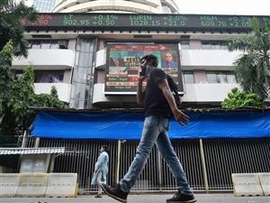 Sensex plunges 540 points; Nifty sheds 162.60 points