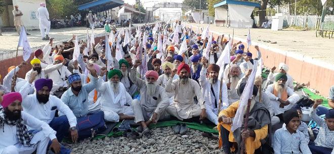 Punjab's largest farm union to continue protest