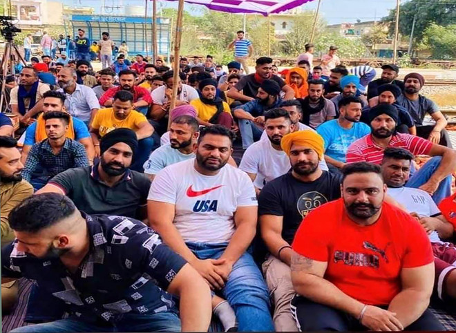 Kabaddi players, wrestlers extend support to farmers