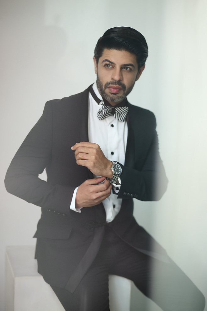 Actor, anchor and dancer Ssumier Pasricha takes to devotional music
