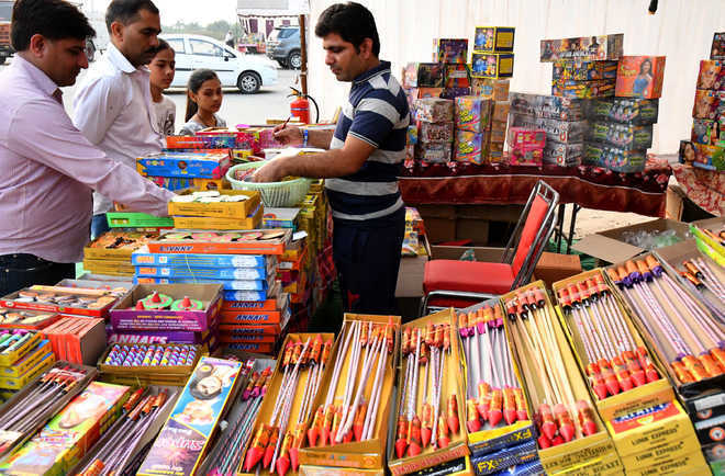 20 temporary licences issued for sale of crackers