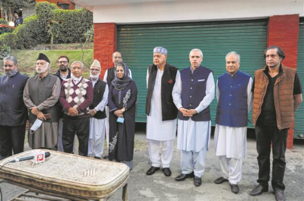 6 parties join hands to restore J&K's status - The Tribune India