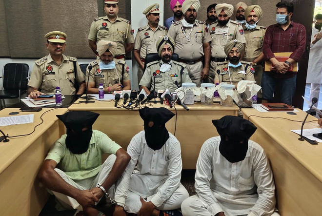 Three held for heist at jewellery shop in Goniana Mandi