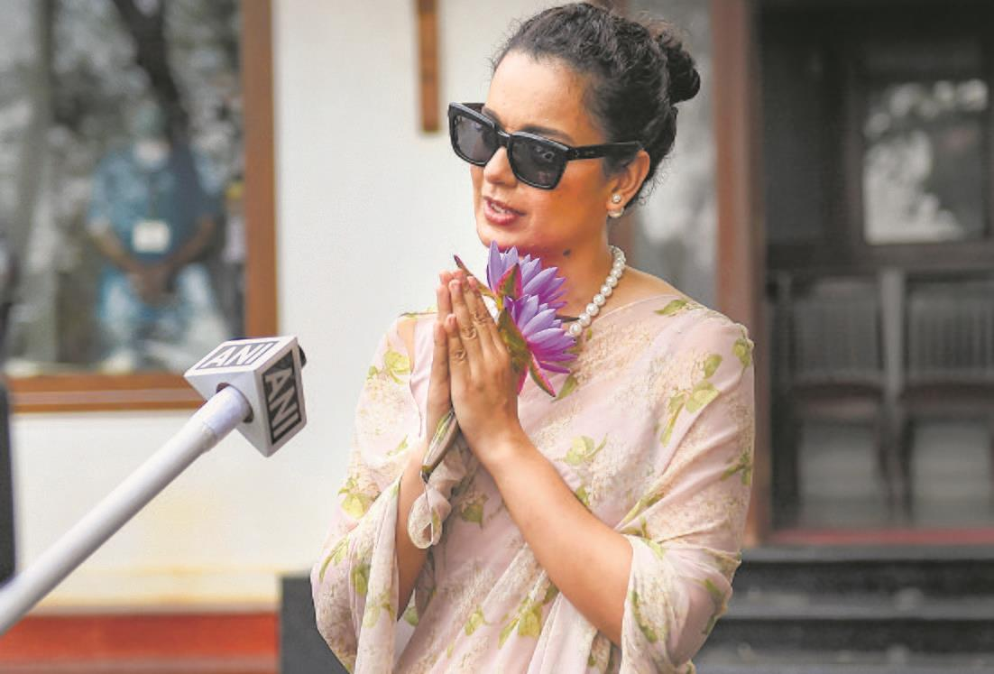 Kangana, sister face case over tweets