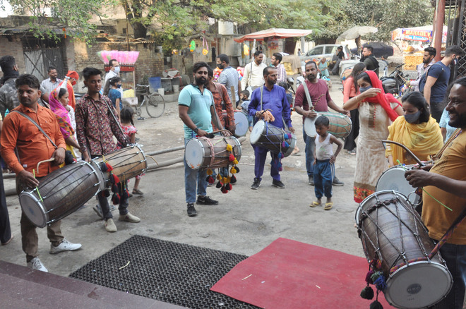 Covid beats the soul out of dholis