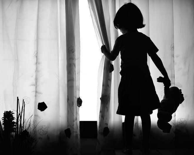 School guard  sodomises  six-year-old