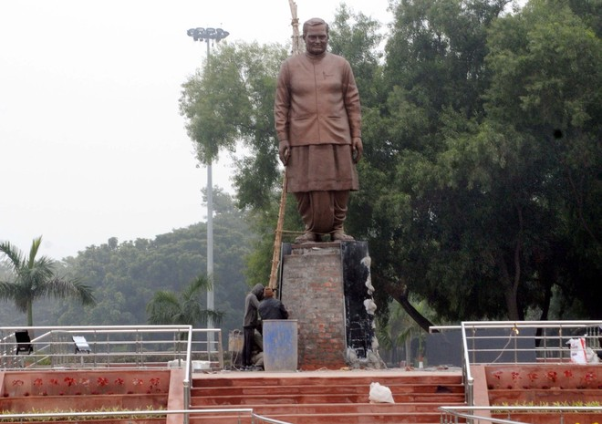 Vajpayee's  statue to come up at Churah