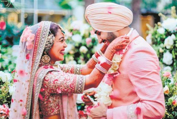 Here's why Neha Kakkar's wedding dresses are trending