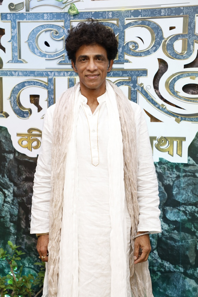 Deshpande's play to debut on TV