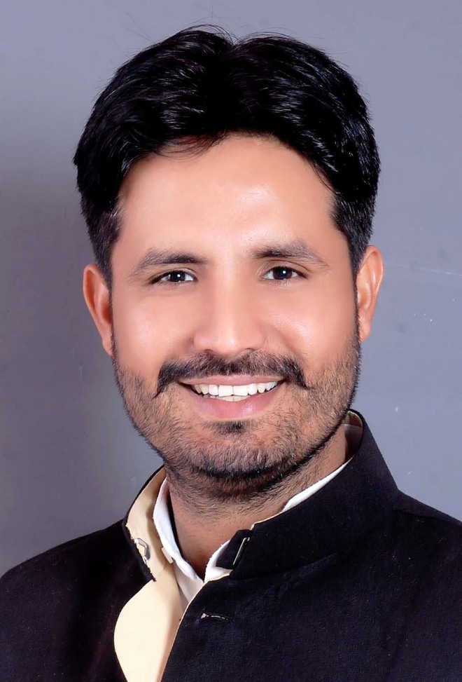 Several booked after black flags shown to Cong MLA Raja Warring