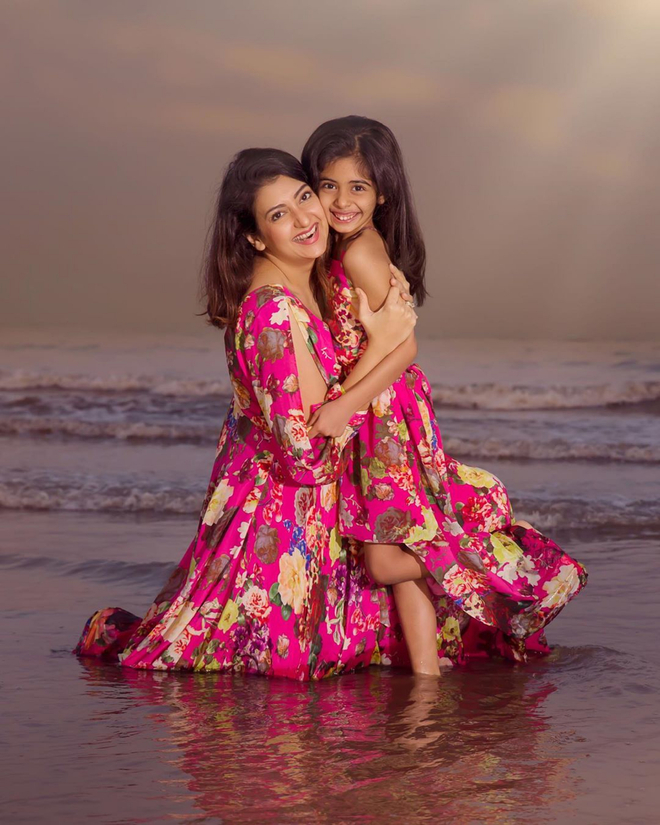 Daughter Samairra is eager to see Juhi Parmar on the small screen