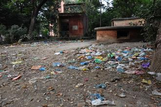 Historic Ram Bagh lies in utter state of neglect
