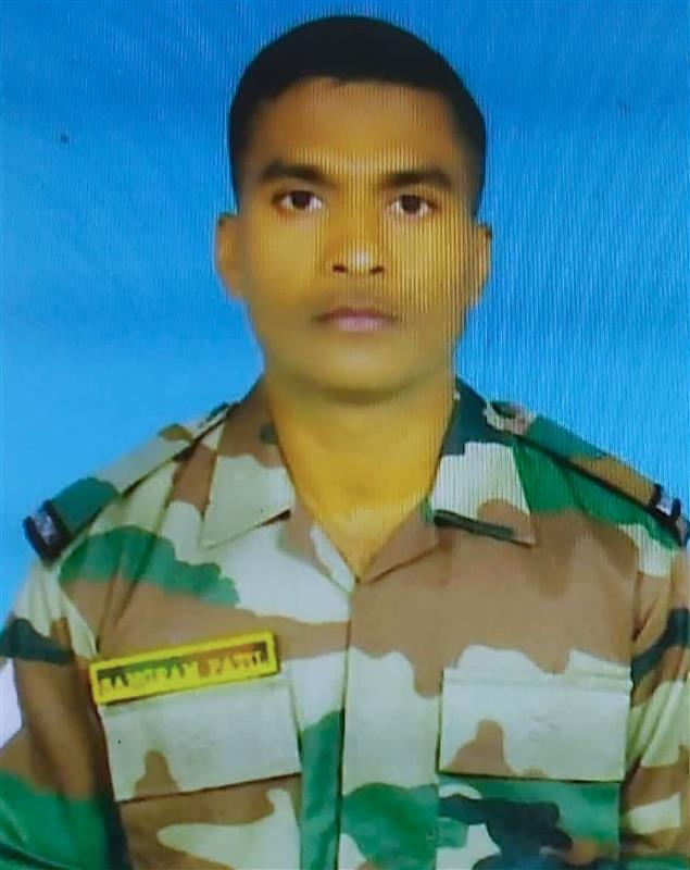 Body of soldier killed in Pak firing in JK to be flown to Maharashtra