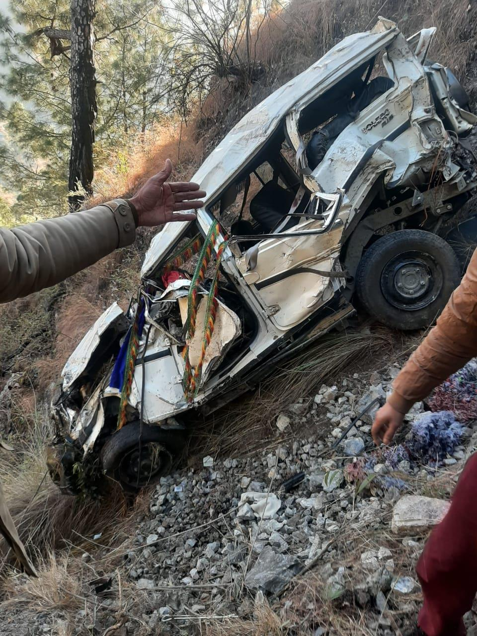 2 killed, 7 injured as vehicle falls off the road in Shimla district