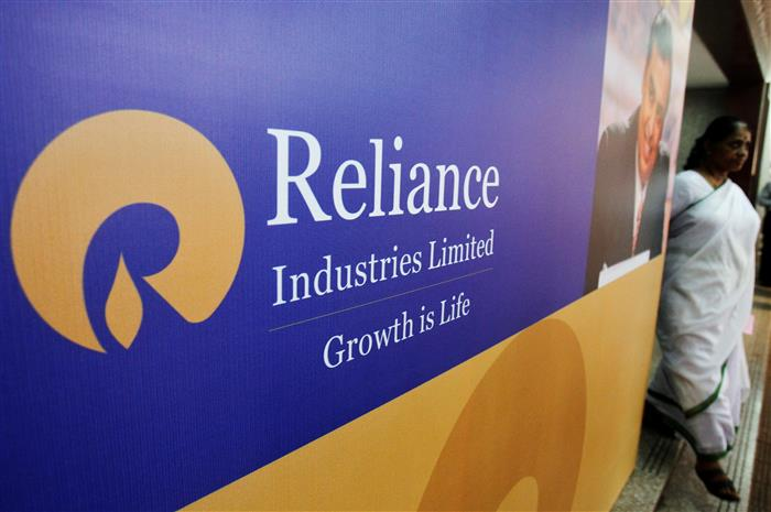 Five of top-10 cos lose Rs 1,07,160 cr in m-cap; Reliance Industries top laggard