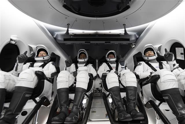 SpaceX launches 2nd crew, regular station crew flights begin