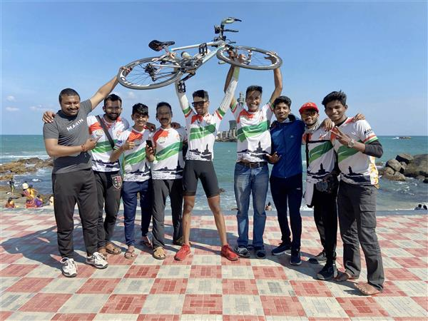 Nashik boy cycles from Kashmir to Kanyakumari in 8 days, sets record