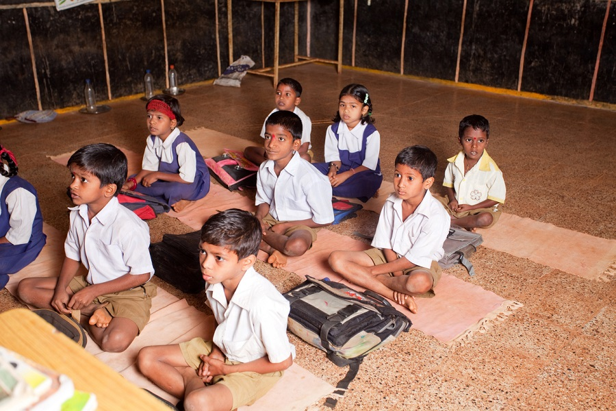 Education Department trying to retain students of marginal families